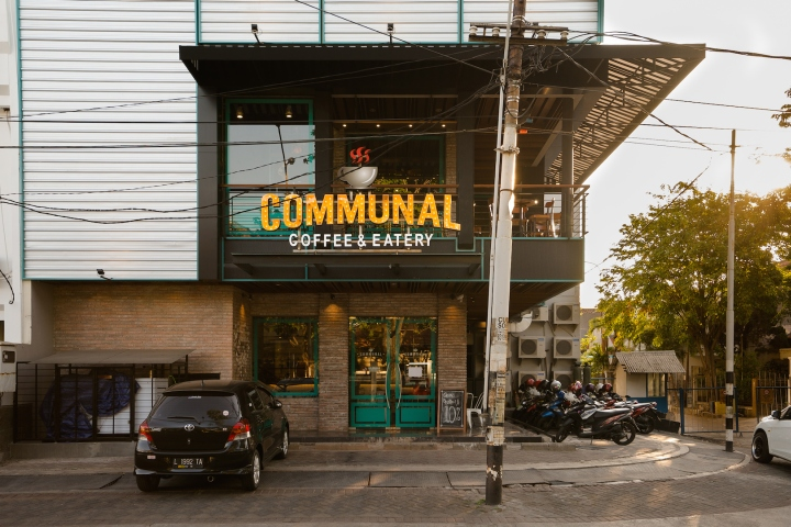 Communal Coffee Amp Eatery By Communal Studio Surabaya