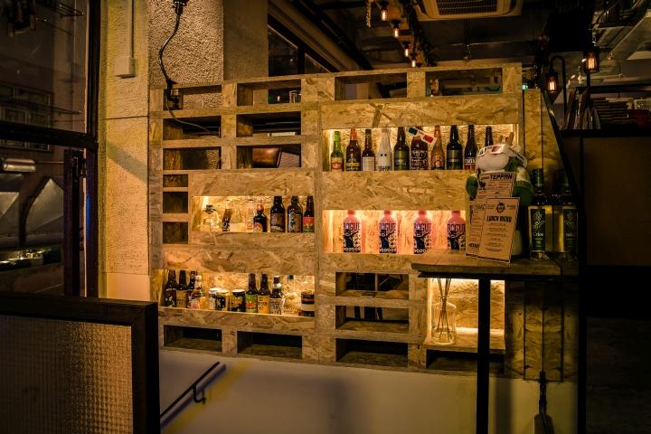 Crafty cow gastro pub by markco studio retail design blog - Decoracion de pub ...