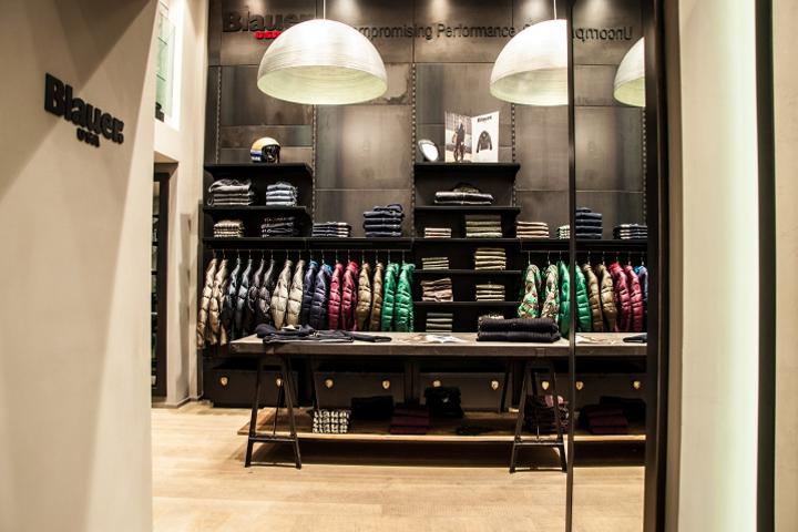 fgf store by dacomo e leonardi architetti associati rome italy