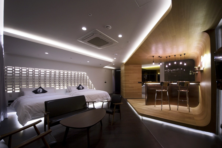 Lounge17 hotel room by seungmo lim incheon korea for Hotel design blog