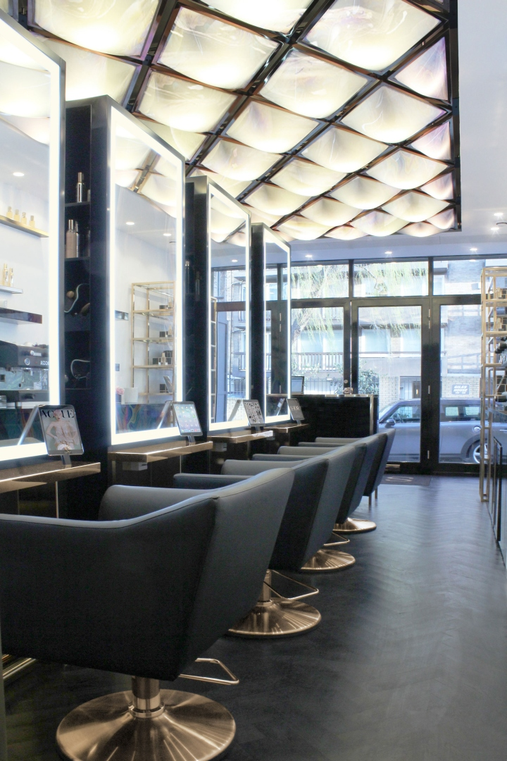 Show dry by wilson holloway london uk retail design blog for Interior stylist london