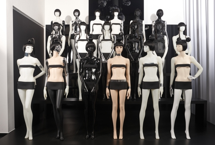 Genesis Mannequin Showroom Auetal Germany 187 Retail