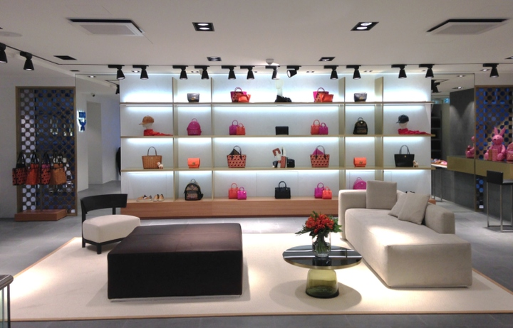 Mcm modern creation m nchen flagship store frankfurt for What does mcm the designer stand for