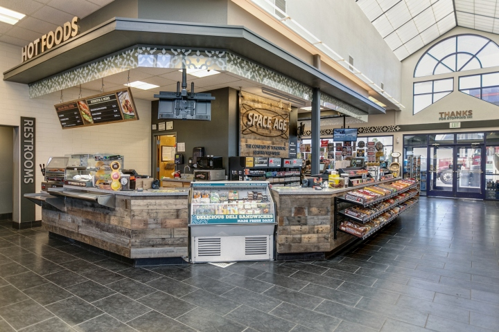 187 Space Age Fuel Store By King Retail Solutions Hermiston