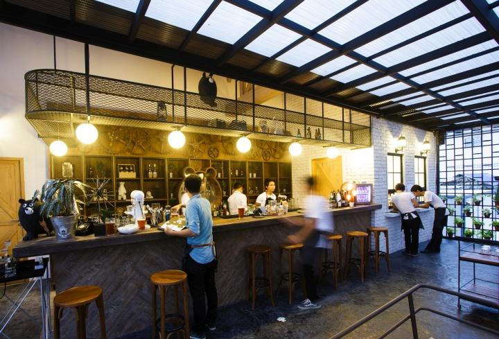 Villa de bear restaurant by party space design bangkok