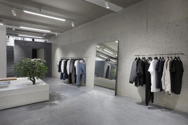 Etq flagship store by studiojosvandijk amsterdam Interior design shops amsterdam