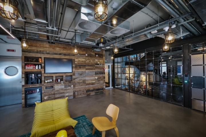 » Facebook office custom lighting by Studio Beam, Tel Aviv ...