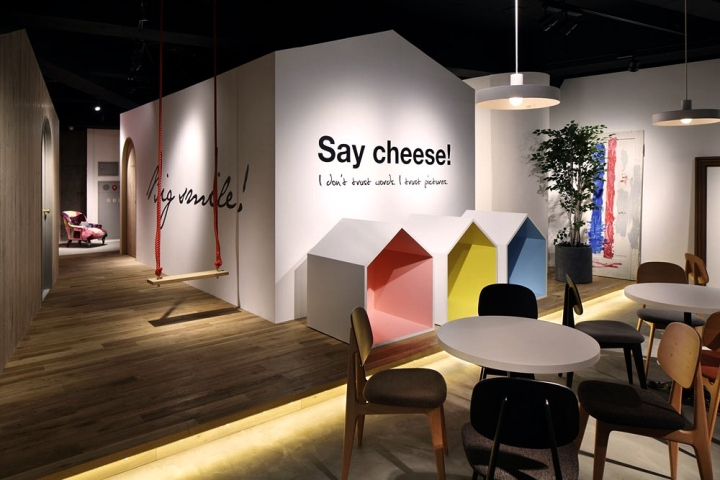 Yonago Japan  city images : ... Photostudio by AREA CONNECTION, Yonago – Japan » Retail Design Blog