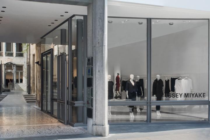 702b073d62c Issey Miyake Store, Antwerp – Belgium