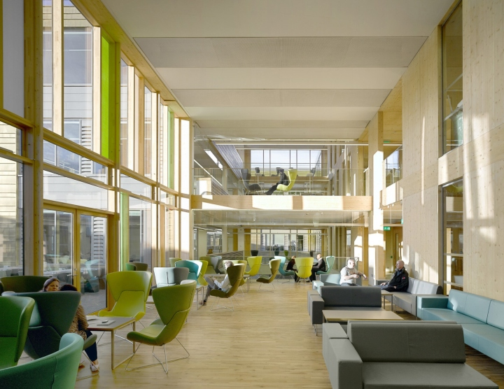 Building: Keynsham Council OfficesLocation: KeynshamArchitect: AHR