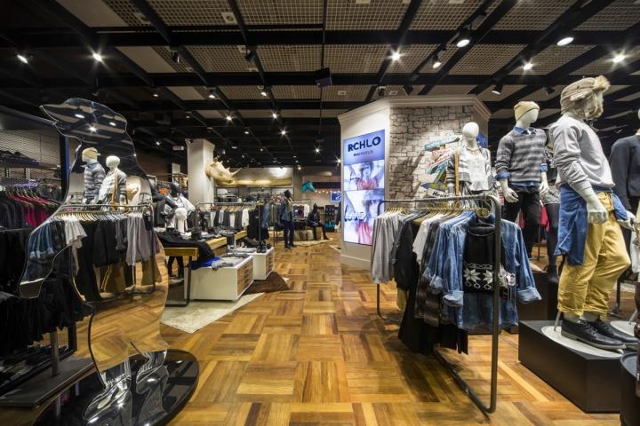 6be935b3e Riachuelo Pop Up Store by FAL Design Estratégico