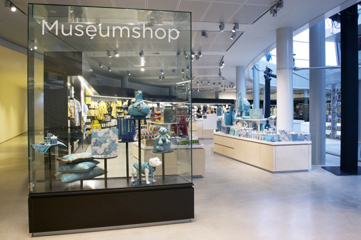 Van gogh museum shop by day amsterdam netherlands Interior design shops amsterdam