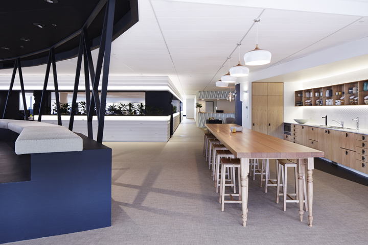 Bluesky office by marc co brisbane australia retail for Office design brisbane
