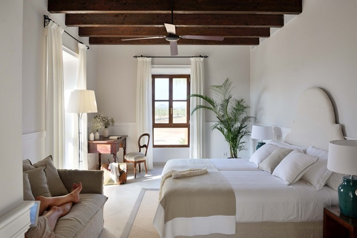 Cal reiet holistic retreat by bloomint design santany for Mallorca design hotel