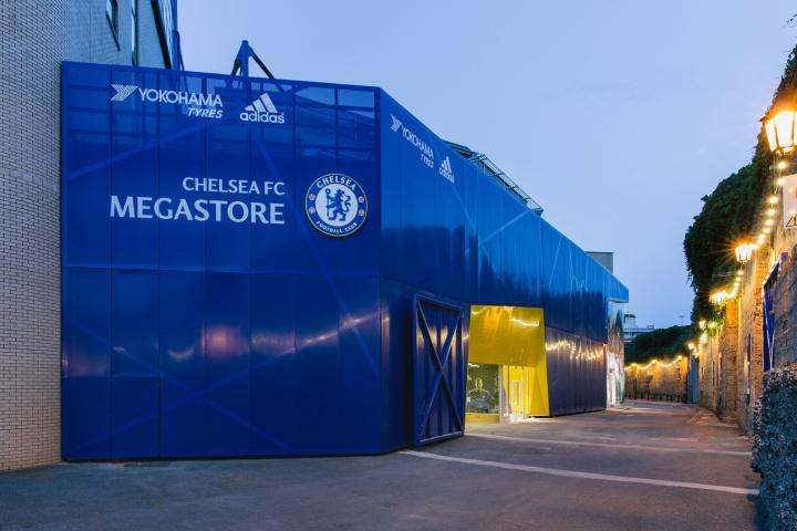 da0067121dee Chelsea FC Megastore by Schwitzke   Partner at Stamford Bridge ...