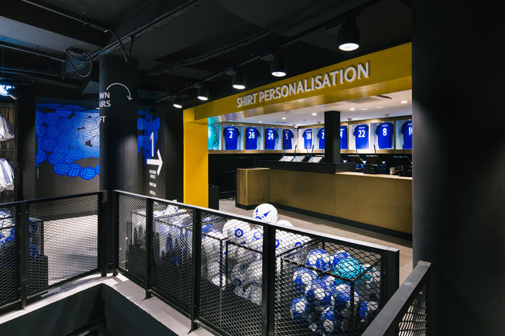 » Chelsea FC Megastore By Schwitzke & Partner At Stamford