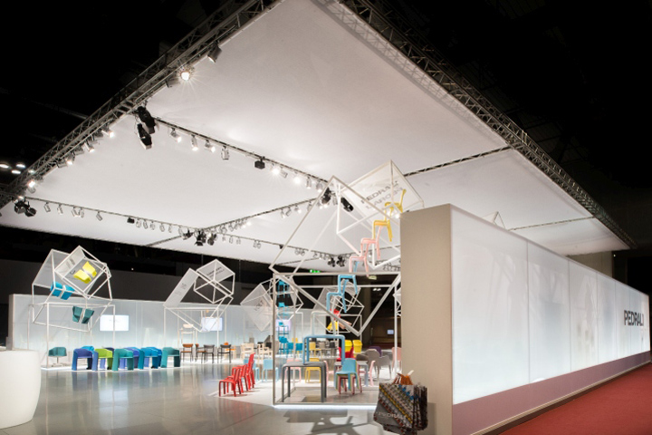 Exhibition Stand Architecture : Flying boxes exhibition stand by migliore servetto architects for