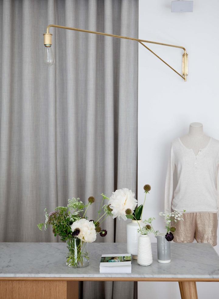 marie sixitine store by studio janr ji paris france retail design blog. Black Bedroom Furniture Sets. Home Design Ideas