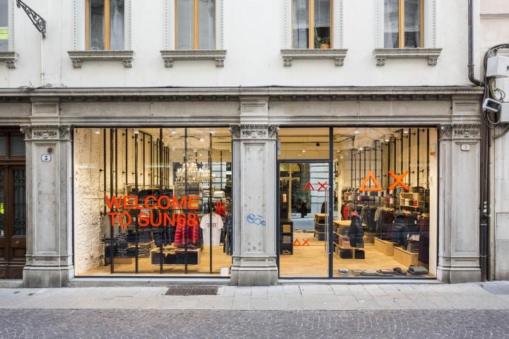 Sun68 stores by c p architetti mantova and udine italy - Architetto mantova ...