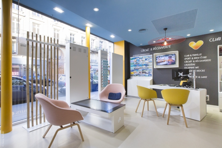 Travel agency retail design blog for Travel agency office interior design ideas