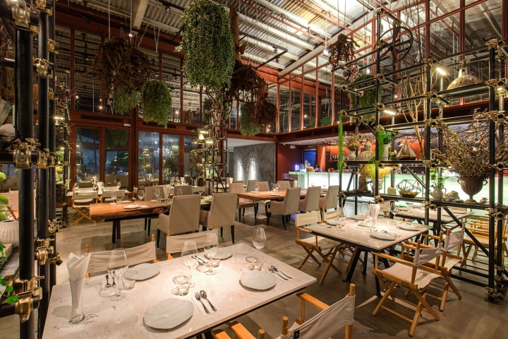 Vivarium restaurant by hypothesis stu d o architects