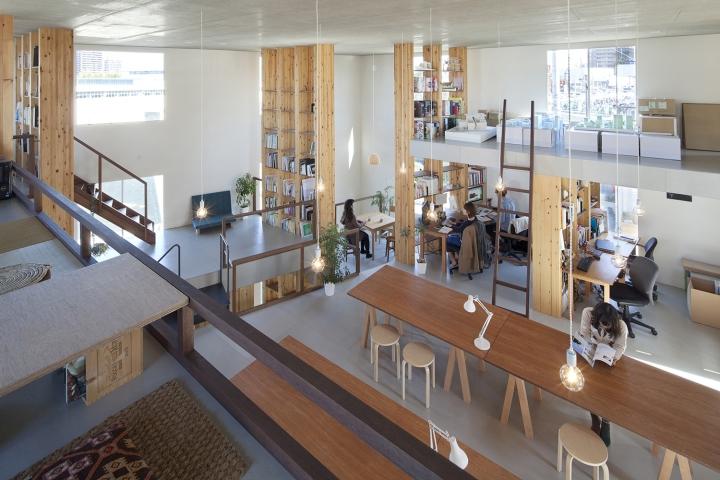 Pillar Grove Office by Mamiya Shinichi Design Studio, Nagoya – Japan