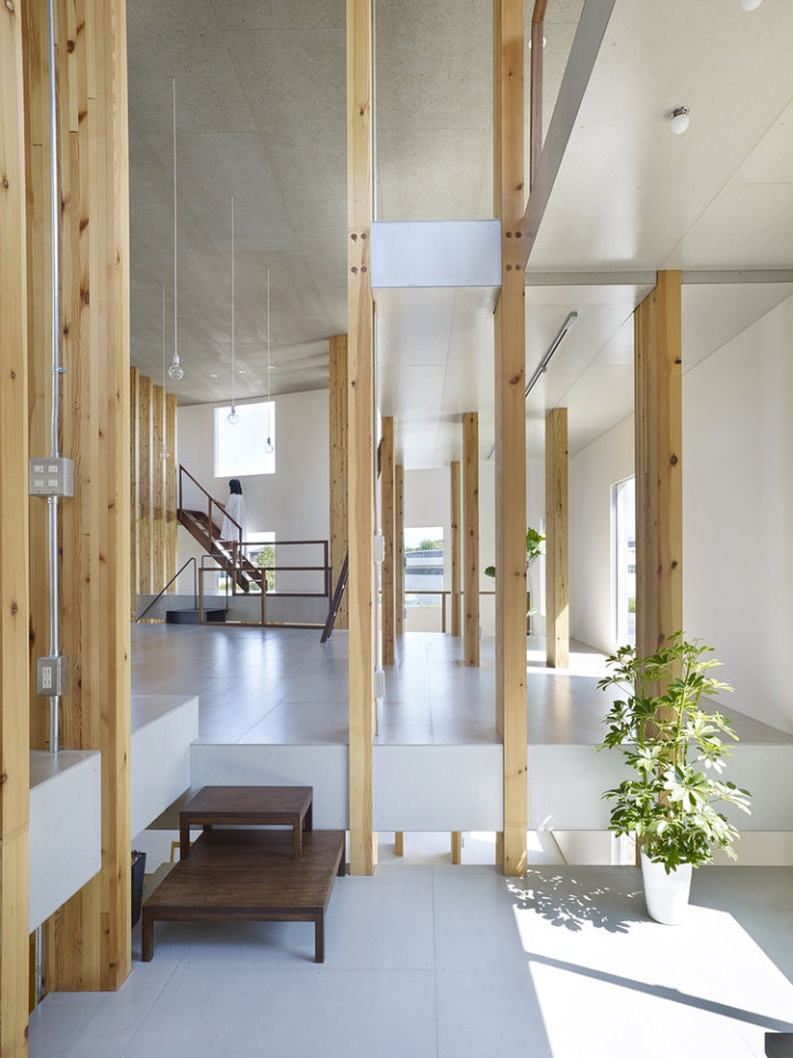 Pillar Grove Office By Mamiya Shinichi Design Studio