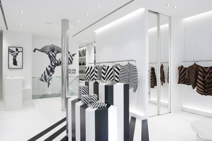 bf9350d0ef As one of the few truly global fashion capitals, a prominent retail  presence in Paris is a prerequisite for any leading fashion brand, and for Issey  Miyake ...