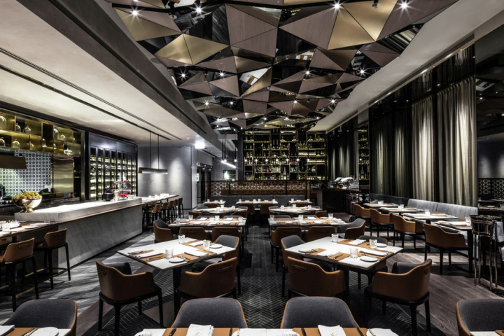 Kokaistudios Has Completed The Interior Design Of Porterhouse By Laris A Brand New Steakhouse Located In Lan Kwai Fong Groups California Tower
