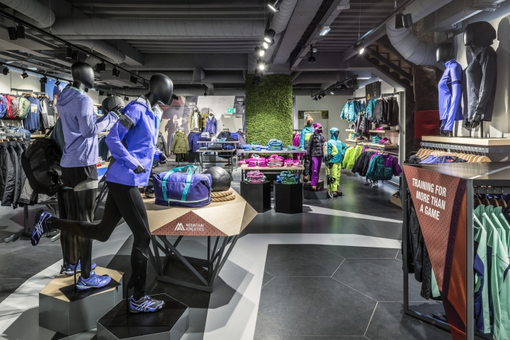 The north face flagship store by green room london uk for Green room retail