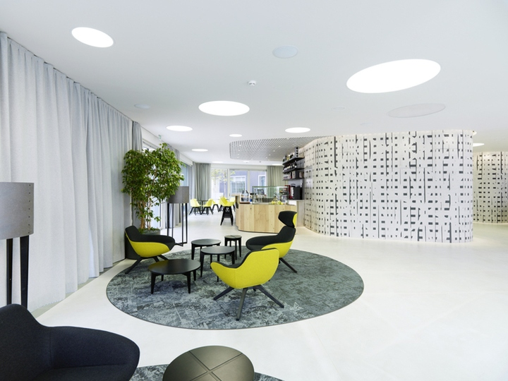 volksbank offices by innocad architecture bolzano italy. Black Bedroom Furniture Sets. Home Design Ideas