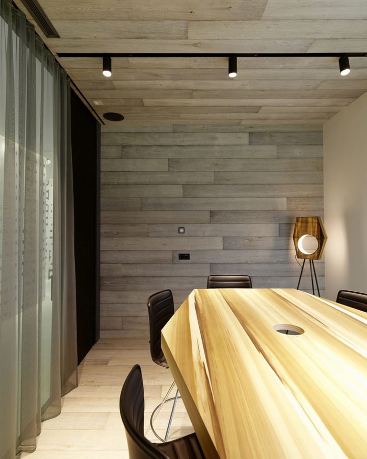 Volksbank offices by innocad architecture bolzano italy for Office design italia srl