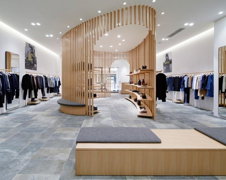 A p c store by laurent deroo kyoto japan retail design blog - Showroom point p paris ...