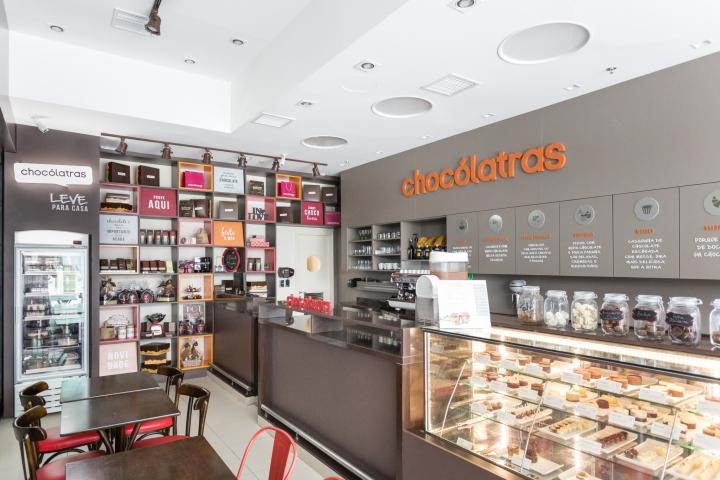 33179402f9aa6 Chocólatras Store by Studio Cinque at Barra Shopping Mall, Porto Alegre –  Brazil
