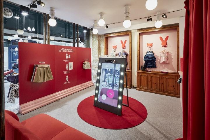 cocolico pop up store by generous branding paris france retail design blog. Black Bedroom Furniture Sets. Home Design Ideas