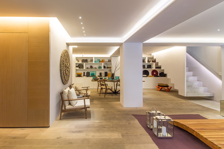 EZEQUIELFARCA Showroom Mexico City Mexico Retail