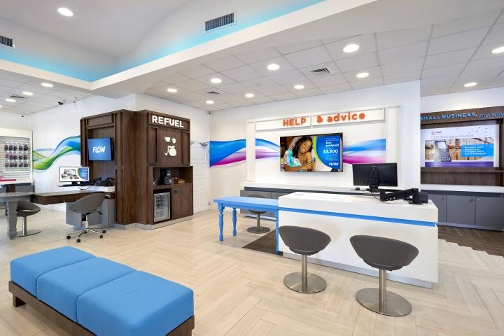 » FLOW Telecom Flagship Store By Shikatani Lacroix Design