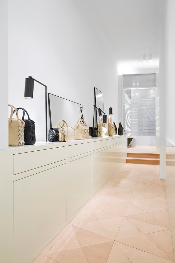 187 Paco Rabanne Flagship Store By Kersten Geers And David