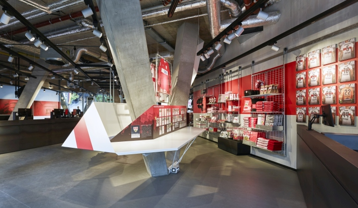 vfb stuttgart fan center store by blocher blocher stuttgart germany retail design blog. Black Bedroom Furniture Sets. Home Design Ideas