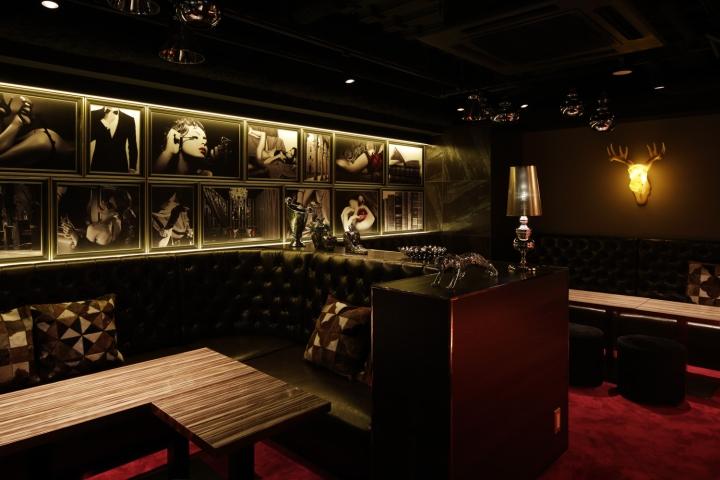 Ai nightclub by mousetrap osaka japan retail design blog for Design hotel osaka