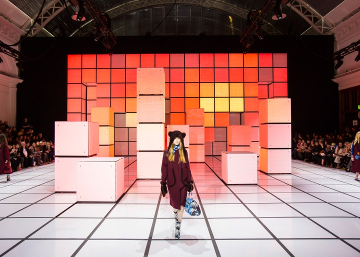 187 Anya Hindmarch Fashion Show By Inca Productions London Uk