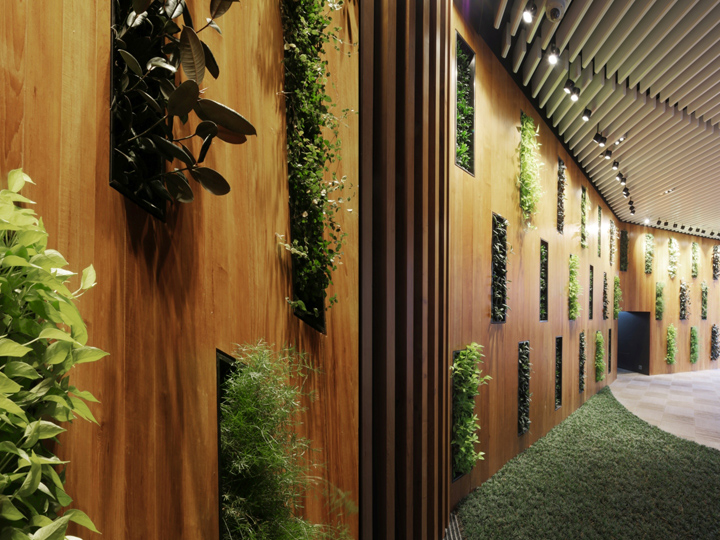 corporate team photo ideas - Green fice Lobby by 4N design architects Hong Kong