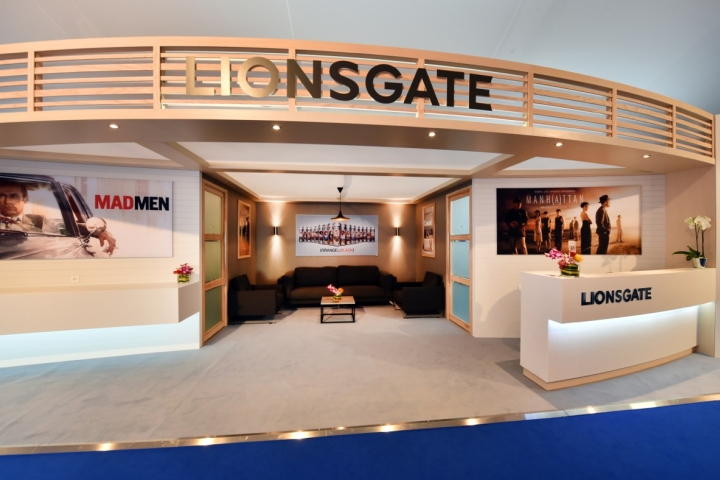 Lionsgate booth at mipcom market by glow exhibitions for Design hotel glow