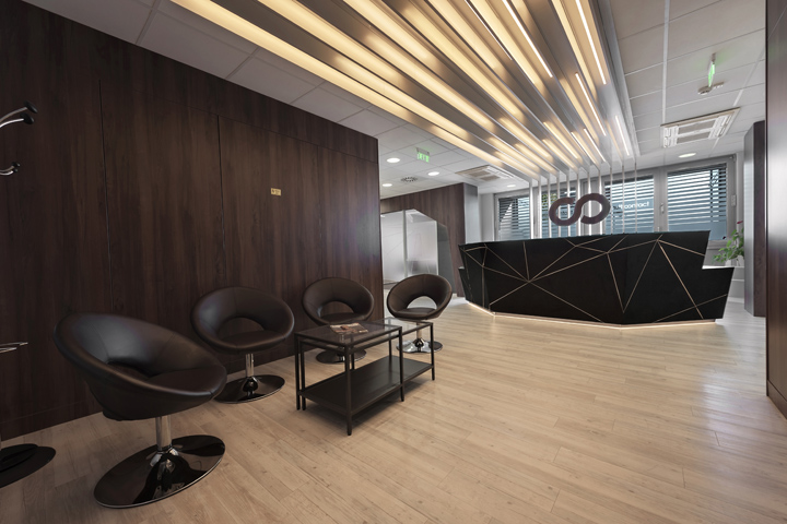 MultiContact Consulting office by FACT Interiors Budapest