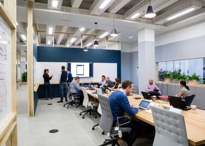 Barclaycard office by apa architects northampton uk for The space studio architects