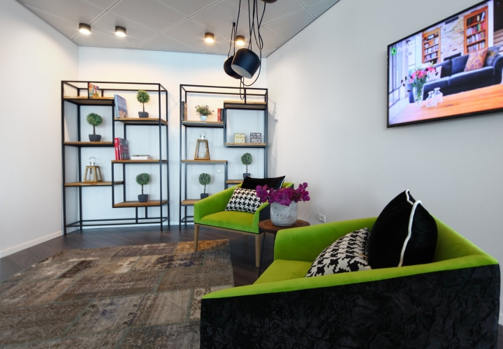 Elegant Houzz Has Created A Global Community That Connects Customers With Designers  And Architects Who Upload Photographs Of Their Work On The Website, ...