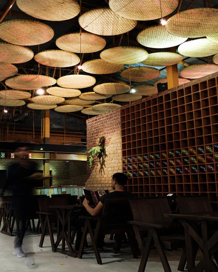 187 Noodle Restaurant By Thaipan Studio Thailand
