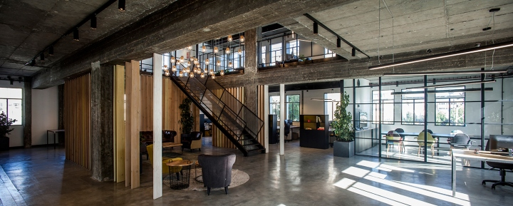Personetics office by roy david studio tel aviv israel for Bureau high tech