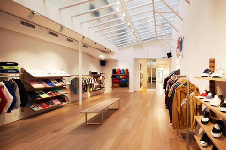 Supreme Store Paris France Retail Design Blog