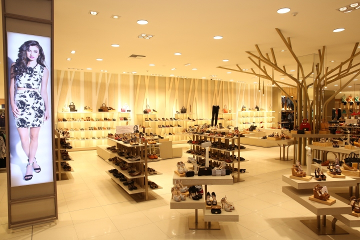 The Main Interior Design Challenges Were The Following: 1. To Turn The  Image Concept Store In Order To Become De Pratti Into An Aspirational Store.